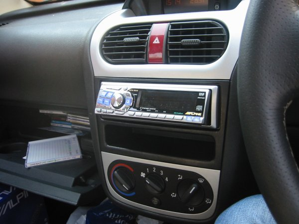 Headunit Installation - Corsa C - Corsa Sport - for Vauxhall