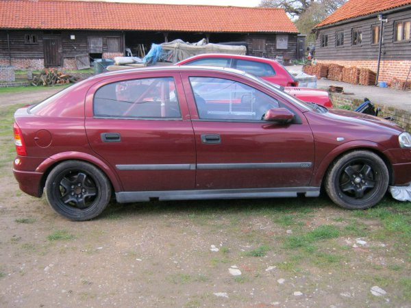 2004 Holden Astra Cdx 5door. my 5door